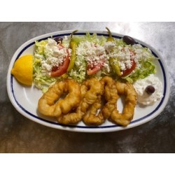 Fried squids with greek salad